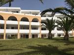 Familienfreundliche Anlage mit gutem Preis/Leistungsverhältnis und toller Strandlage, Doppelzimmer renoviert, Appartements sehr einfach